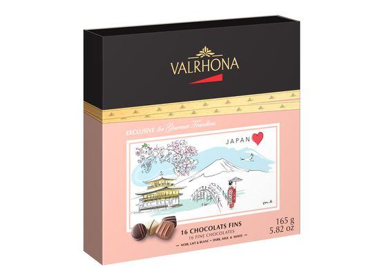 16 ciocolate Dark, Milk & White cutie de cadou Japan 165g
